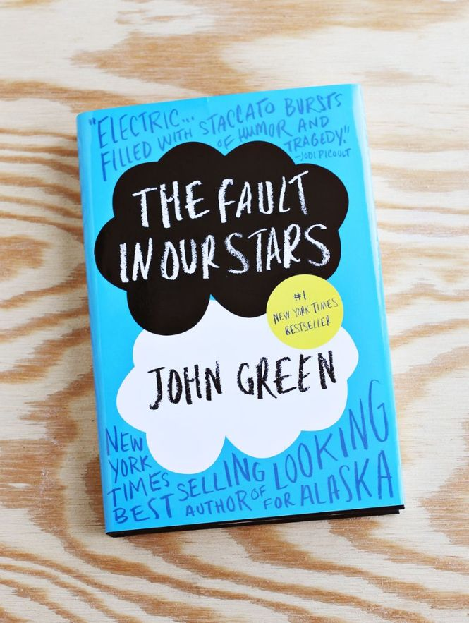 ballenas reads book review the fault in our stars by